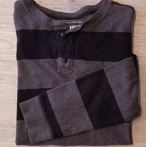 👕 Boys Long Sleeve Tshirt - XL